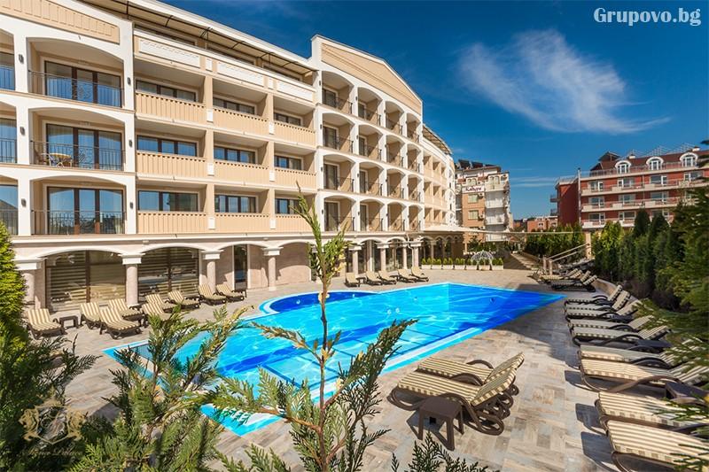 Нощувка на човек със закуска и вечеря + басейн и СПА зона от хотел Сиена палас****, Приморско, снимка 2