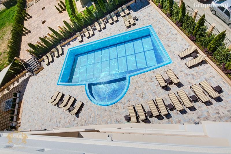 Нощувка на човек със закуска и вечеря + басейн и СПА зона от хотел Сиена палас****, Приморско, снимка 3