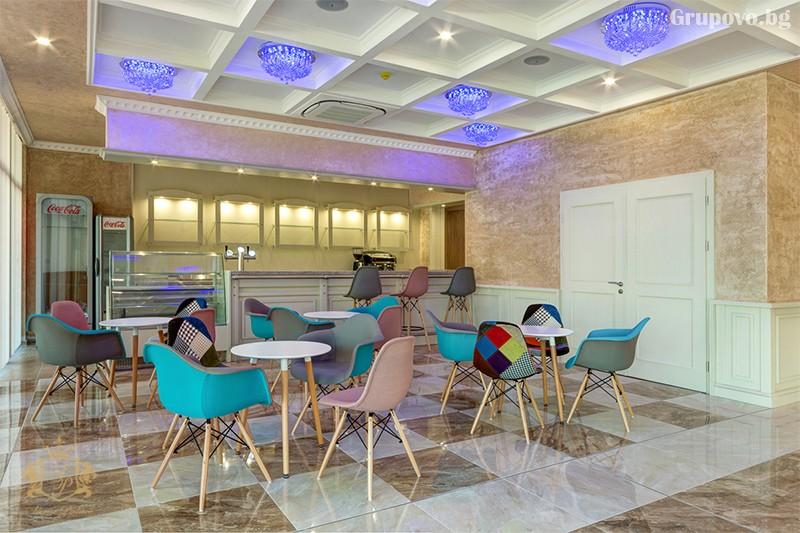 Нощувка на човек със закуска и вечеря + басейн и СПА зона от хотел Сиена палас****, Приморско, снимка 13