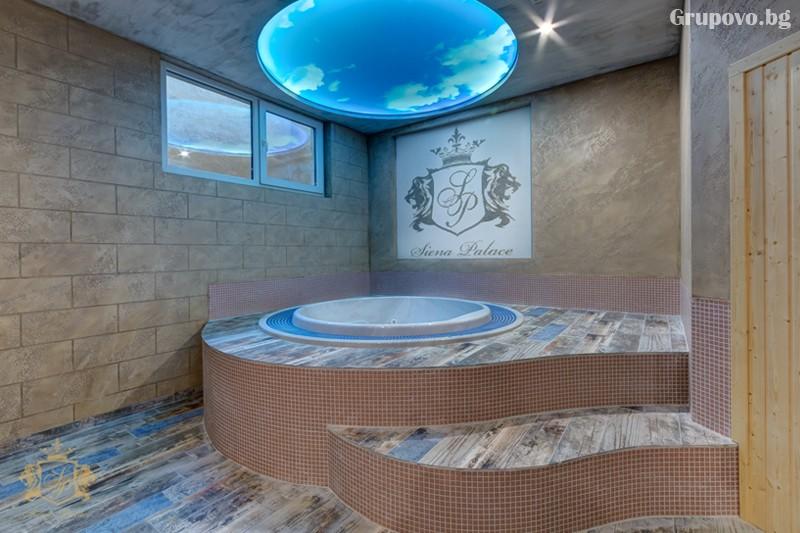 Нощувка на човек със закуска и вечеря + басейн и СПА зона от хотел Сиена палас****, Приморско, снимка 7