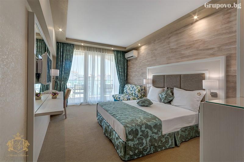 Нощувка на човек със закуска и вечеря + басейн и СПА зона от хотел Сиена палас****, Приморско, снимка 6