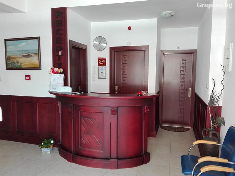 Семеен хотел Ренесанс - Кораба, Равда, снимка 9