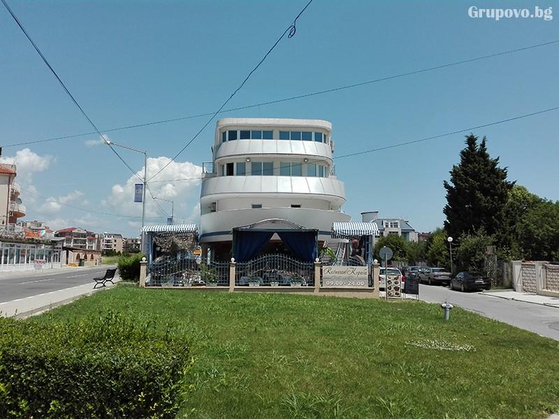 Семеен хотел Ренесанс - Кораба, Равда, снимка 7