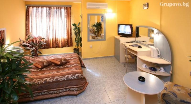 Хотел Колор, Варна, снимка 3