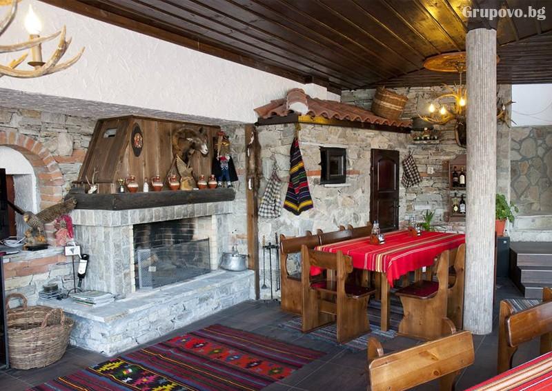 Усетете топлината на една традиционна семейна Коледа в Родопите от хотел Емили, Сърница! 2 или 3 нощувки на човек със закуски и 2 традиционни вечери + релакс пакет, снимка 21