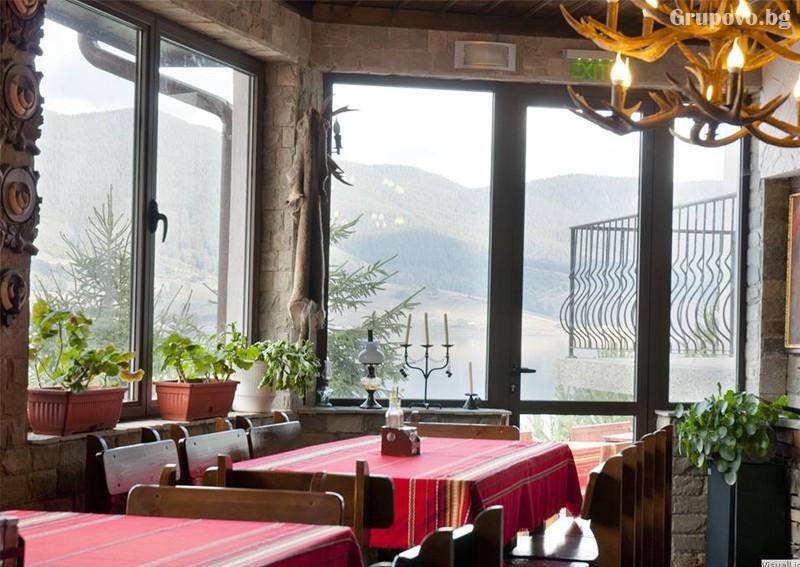 Усетете топлината на една традиционна семейна Коледа в Родопите от хотел Емили, Сърница! 2 или 3 нощувки на човек със закуски и 2 традиционни вечери + релакс пакет, снимка 13