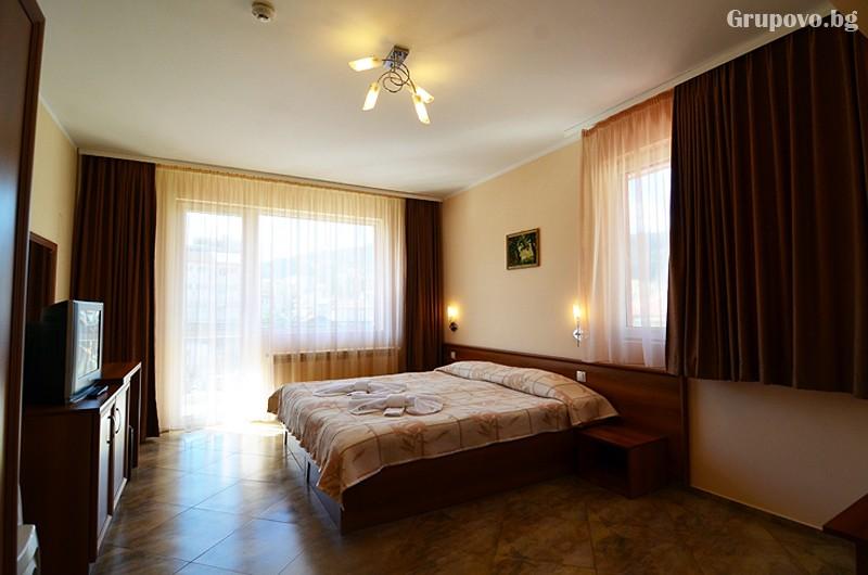Хотел Йола, Чепеларе, снимка 10