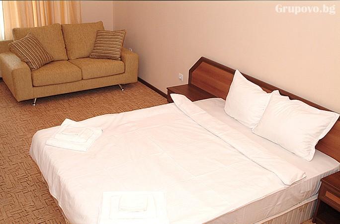 Нощувка на човек със закуска + басейн и релакс пакет в хотелски Комплекс Ливадите, край Пазарджик, снимка 15