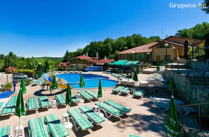 Нощувка на човек със закуска + басейн и релакс пакет в хотелски Комплекс Ливадите, край Пазарджик, снимка 20