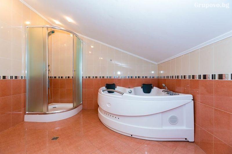 Нощувка на човек със закуска + басейн и релакс пакет в хотелски Комплекс Ливадите, край Пазарджик, снимка 12