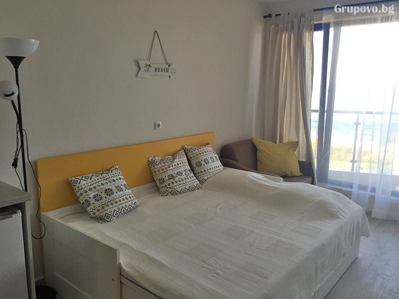 Великден в Поморие! 3 нощувки от два до осем човека в студио или апартамент от Апартхотел Иглика, снимка 8