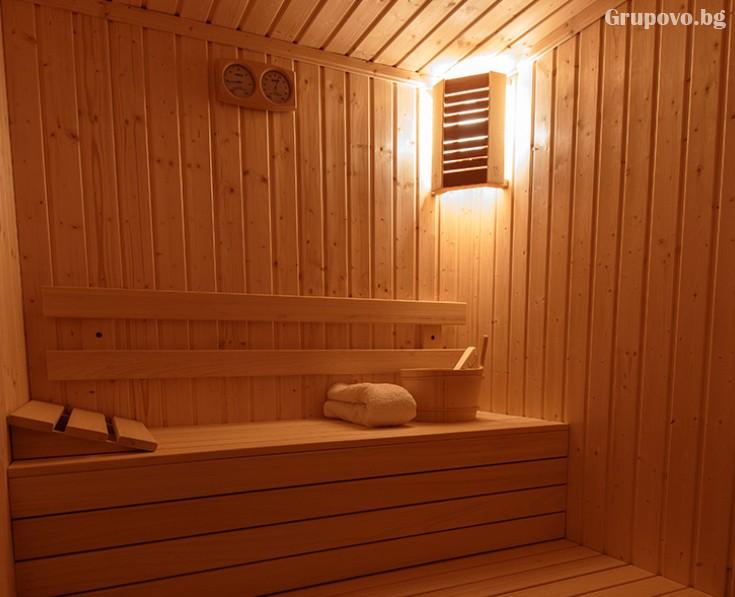 Почивка в Сапарева баня! Нощувка на човек със закуска + джакузи в Семеен Хотел Релакса, снимка 8