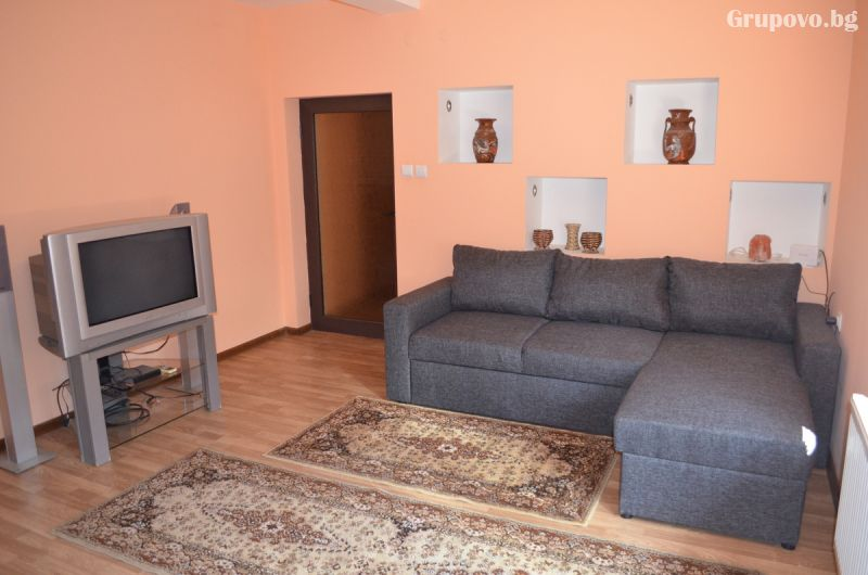 Нова Година до Свищов! Наем на самостоятелна къща за 3 нощувки за 6, 7, 10 или 14 човека от Комплекс Манастирски Чифлик, снимка 16