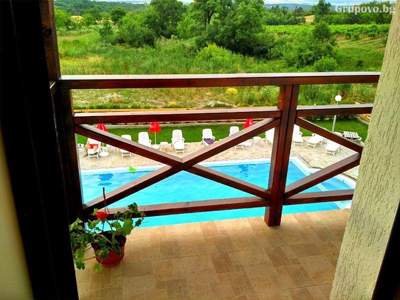 Почивка в Източни Родопи! 2+ нощувки на човек със закуски и вечери + басейн, шезлонг и чадър в хотел Хефес, край с. Кралево,, снимка 14
