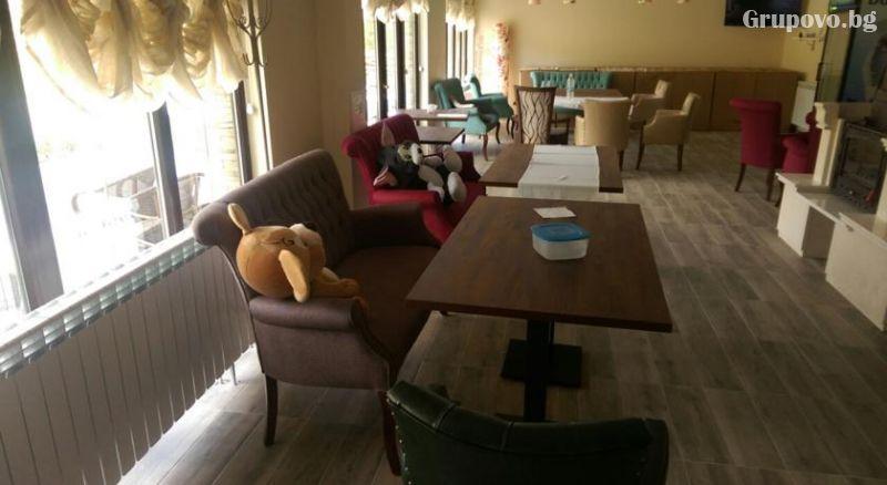 Почивка в Източни Родопи! 2+ нощувки на човек със закуски и вечери + басейн, шезлонг и чадър в хотел Хефес, край с. Кралево,, снимка 6