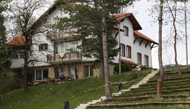 Хотел Незабравка, с. Поповци, снимка 5
