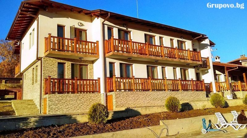 Семеен хотел КрисБо, с. Донковци