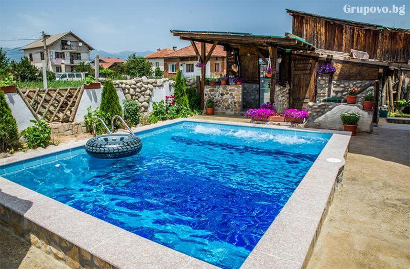 Нощувка на човек от хотел Крайпътен рай в с. Баня до Банско, снимка 7