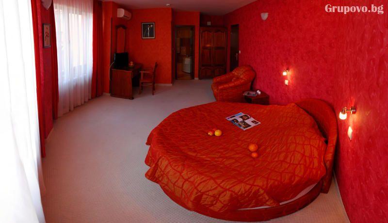 Нощувка на човек със закуска + басейн и релакс пакет от хотел Кипарис Алфа**** Смолян!, снимка 15