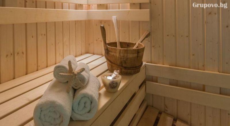 Уикенд в Бургас. 1, 2 или 3 нощувки на човек със закуски + уникален басейн и релакс зона в хотел Аква, снимка 10