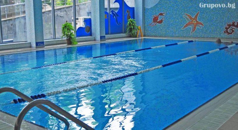 Уикенд в Бургас. 1, 2 или 3 нощувки на човек със закуски + уникален басейн и релакс зона в хотел Аква, снимка 6
