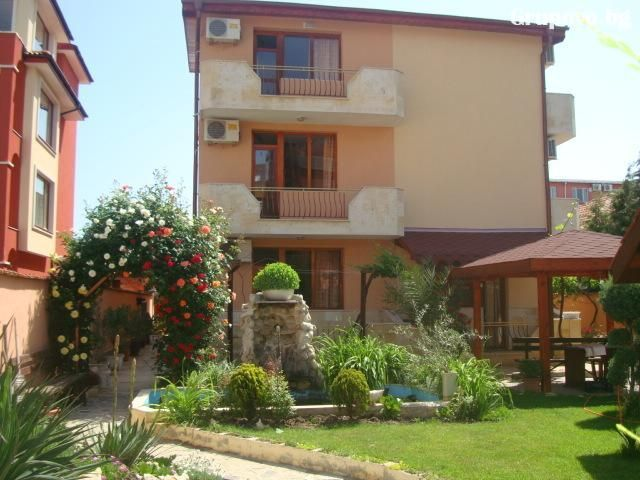 Къща за гости Алберто**, Равда