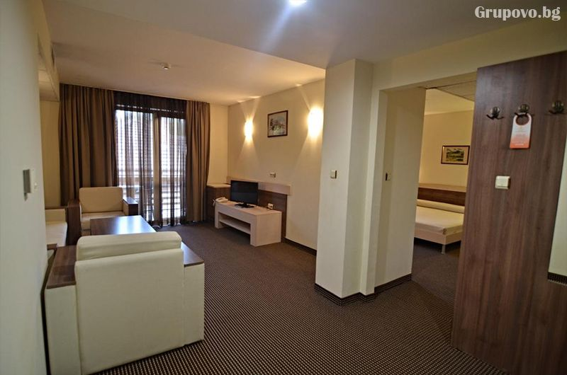 Уикенд в хотел Клептуза****, Велинград! Нощувка на човек със закуска + басейн, джакузи и релакс пакет, снимка 7