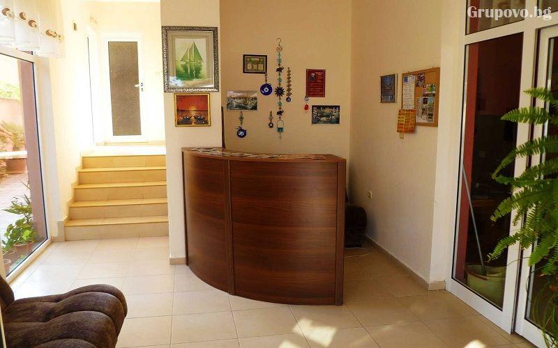 Хотел Денис, Равда, снимка 4