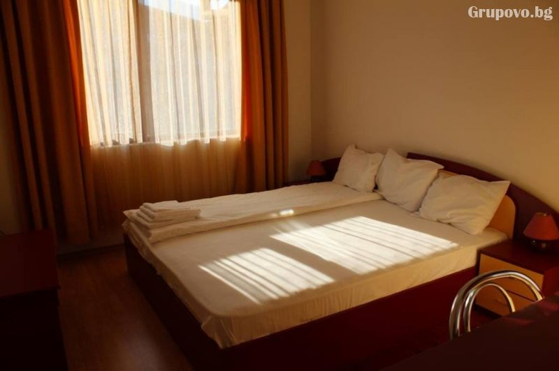 Нощувка на човек в апартамент от Kомплекс Тодорини кули, Банско, снимка 6