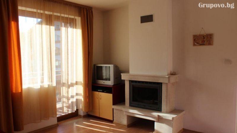 Нощувка на човек в апартамент от Kомплекс Тодорини кули, Банско, снимка 7