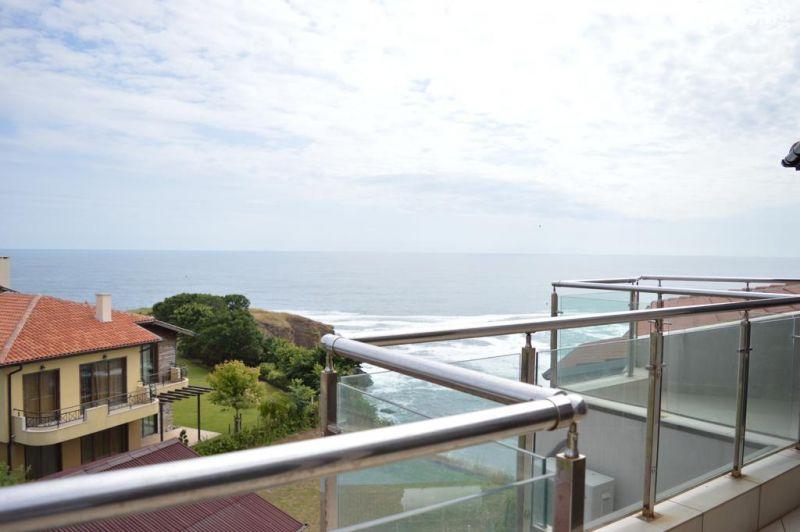 На брега на морето през септември в Синеморец! Нощувка в апартамент за четирима или шестима + басейн в Комплекс Афродита 2, снимка 6