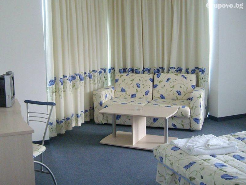 Хотел Десислава, Равда, снимка 3