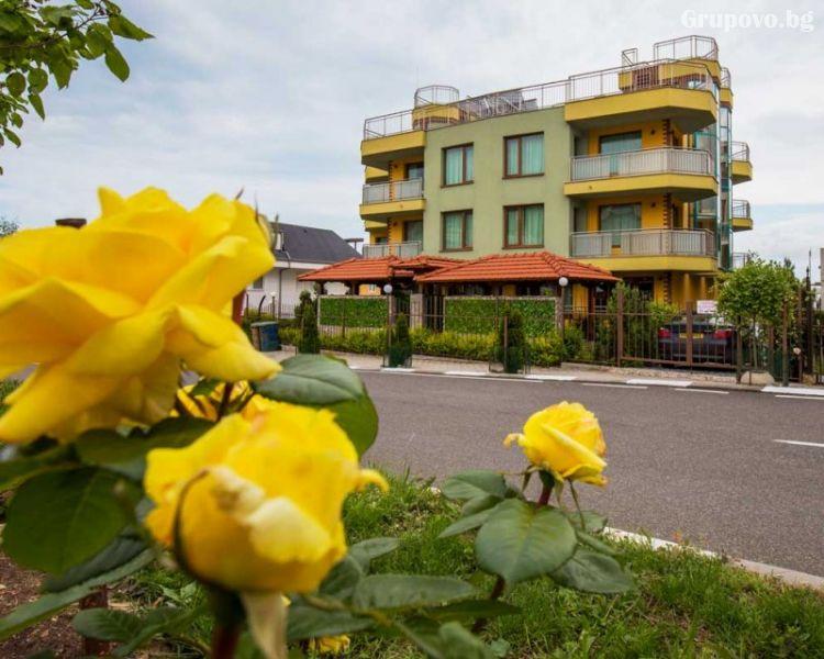 Джакузи Бийч Хотел***  JBH HOTEL, Свети Влас, снимка 16