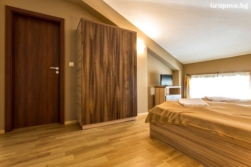 3 нощувки до 5 възрастни и 2 деца + басейн и релакс зона от хотел Топ Лодж, Банско, снимка 10