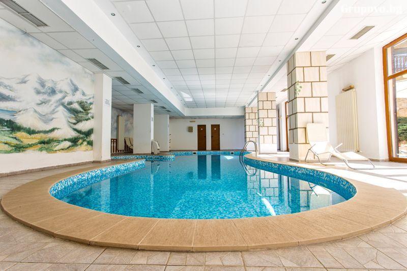 3 нощувки до 5 възрастни и 2 деца + басейн и релакс зона от хотел Топ Лодж, Банско, снимка 2