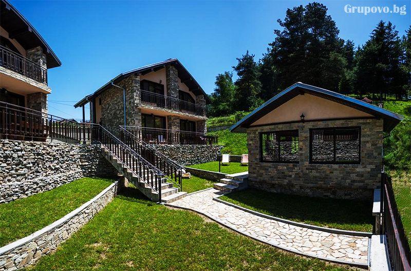 Ваканционни къщи Родопски уют, Доспат