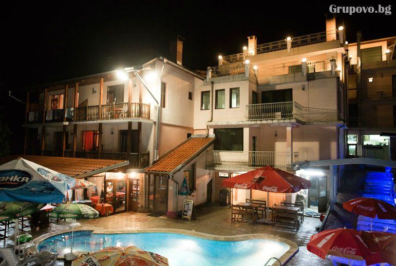Нова година в хотел Мания, с. Чифлик! 2 или 3 нощувки на човек със закуски и вечери, едната празнична с DJ и релакс център, снимка 14