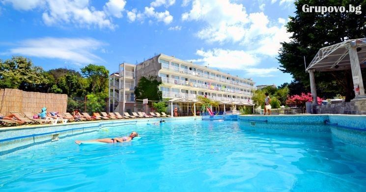 Хотел Дана Парк, Златни пясъци