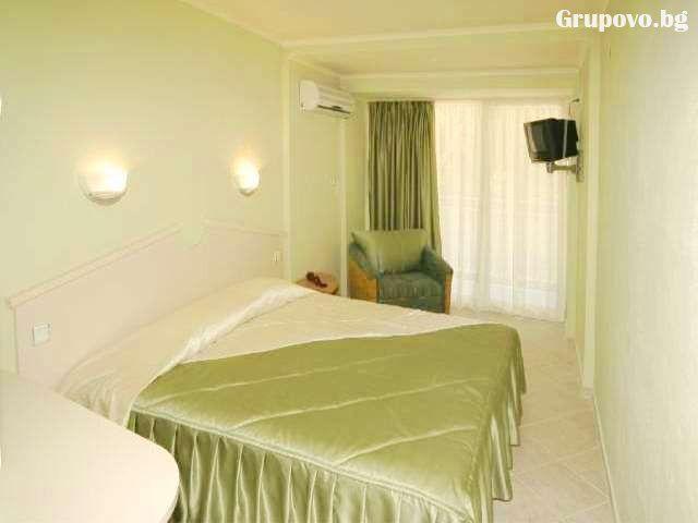 Хотел Дана Парк, Златни пясъци, снимка 2