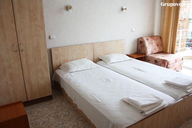 Хотел Санторини, Свети Влас, снимка 3