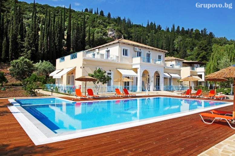 Комплекс Avra Apartments, Лефкада, Гърция