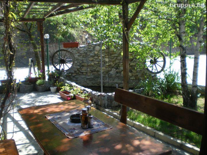 Есен в Калофер! Нощувка на човек със закуска и вечеря в хотел Панорама, снимка 3