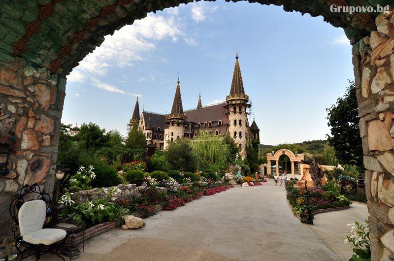 Вход за един възрастен за замъка Влюбен във вятъра, Равадиново, снимка 4