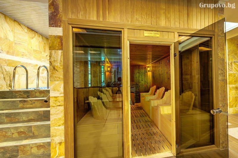 Делнична нощувка за ДВАМА със закуска + минерални басейни и СПА в Инфинити Парк Хотел и СПА****, Велинград, снимка 14