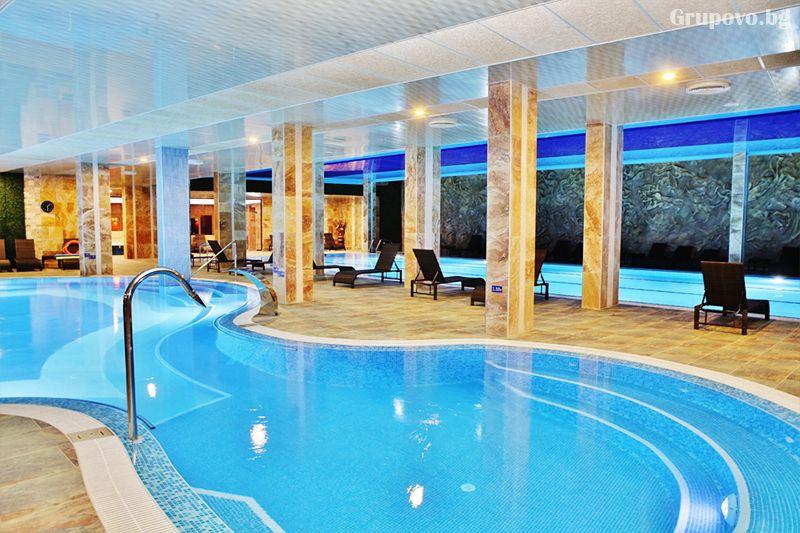 Делнична нощувка за ДВАМА със закуска + минерални басейни и СПА в Инфинити Парк Хотел и СПА****, Велинград, снимка 8