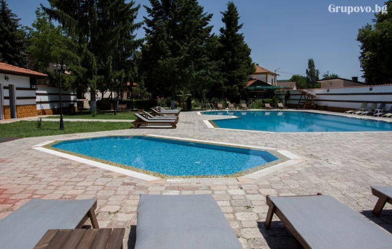 Нощувка на човек със закуска + релакс зона в Хотел Ивелия, с. Дъбница, край Огняново, снимка 3