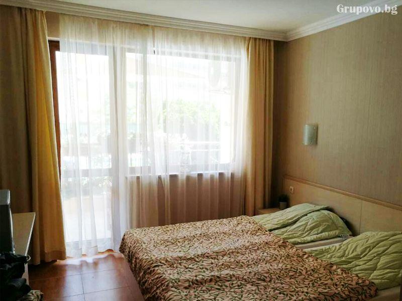 Нощувка за четирима в апартамент от Съни Дрийм Апартментс, Слънчев бряг, снимка 4