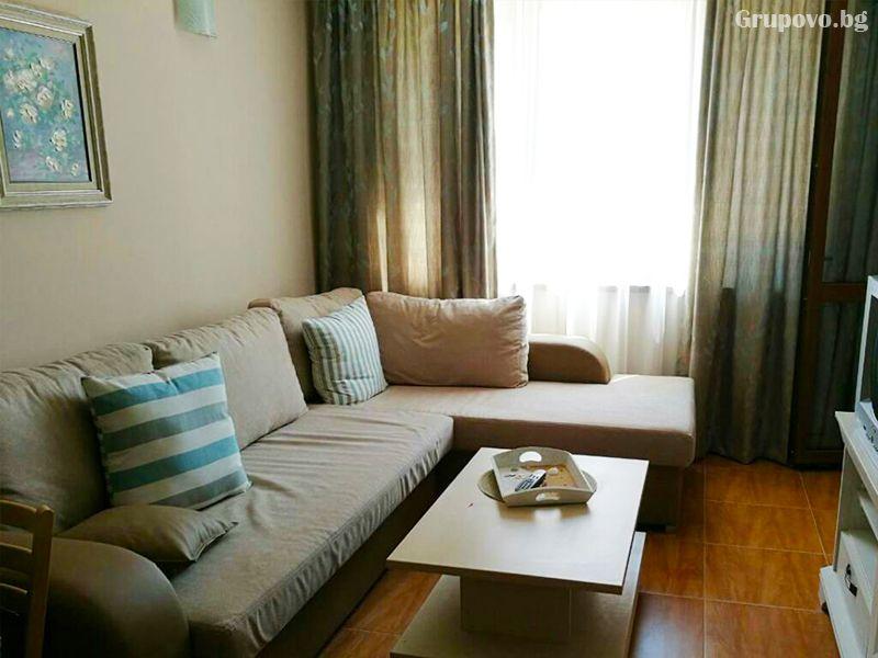 Нощувка за четирима в апартамент от Съни Дрийм Апартментс, Слънчев бряг, снимка 6