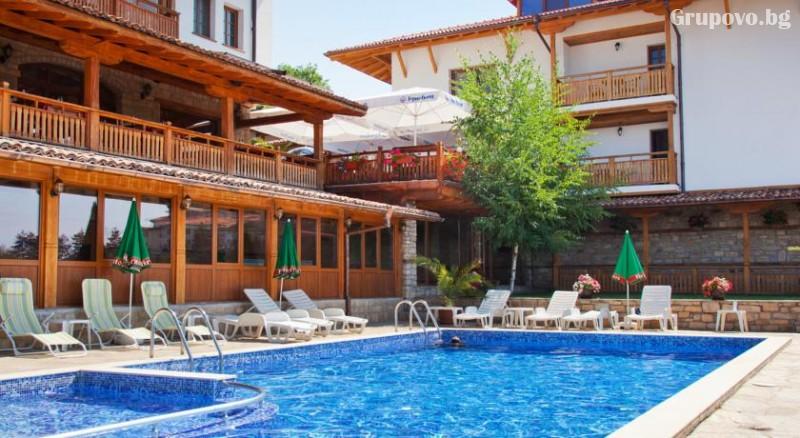Нощувкa на човек със закускa и вечеря + сауна и парна баня от хотел Севастократор***, Арбанаси, снимка 12