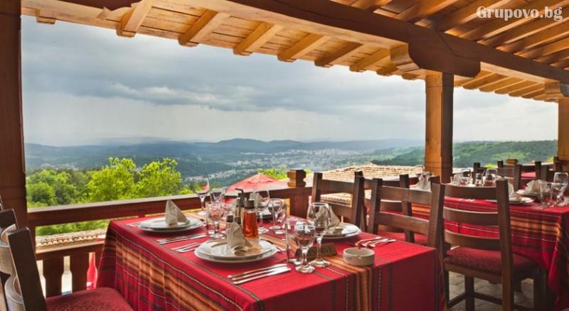 Нощувкa на човек със закускa и вечеря + сауна и парна баня от хотел Севастократор***, Арбанаси, снимка 13